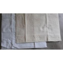 handdoek met aida rand ecru